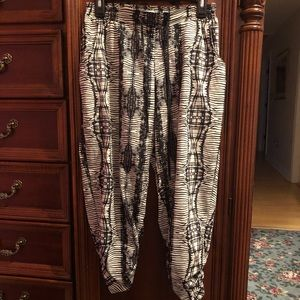 Adorable LN size M American Rag size M very comfy!